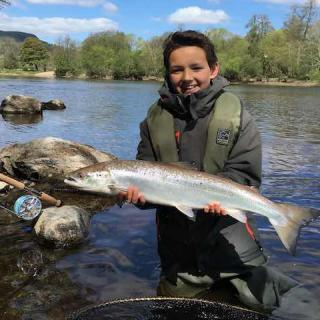 Fly Fishing Tuition River Tay