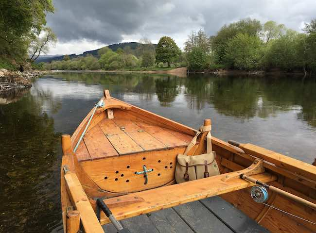 Hiring A Boat On The River Tay